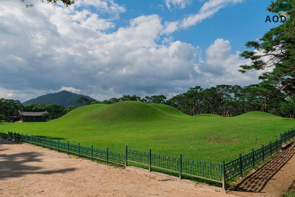 Grab von König Hyeokgeose im Oreung