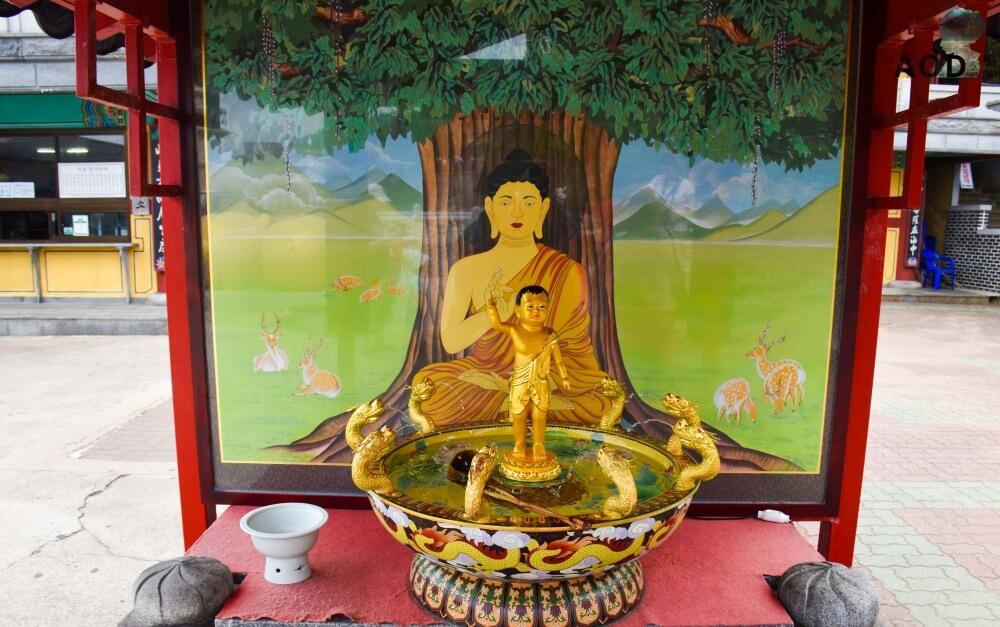 Baby-Buddha-Statue für die Babywäsche